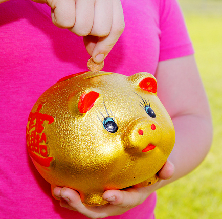 10 Ways To Teach Your Children About Money