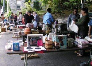 Organize items for easier yard sale shopping